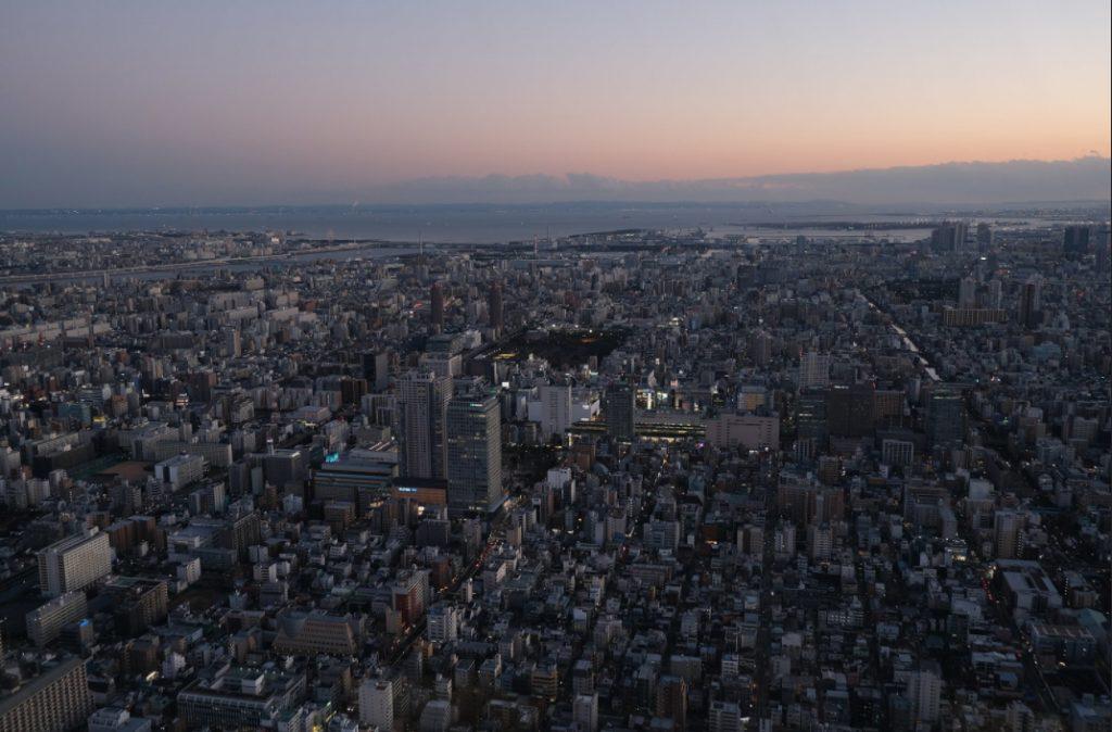 Вид на вечерний Токио